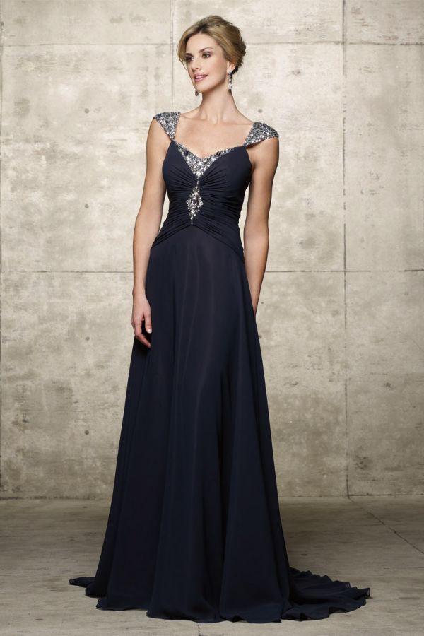 d87f23fb4 plesové šaty » p na objednání » klasické · společenské šaty » na objednání  » společenské šaty na míru